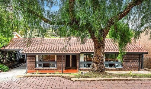 10 Monterey Ct, Happy Valley SA 5159, Australia